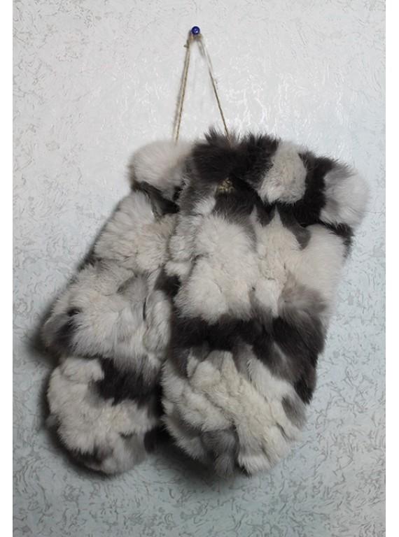 Меховые варежки из кролика