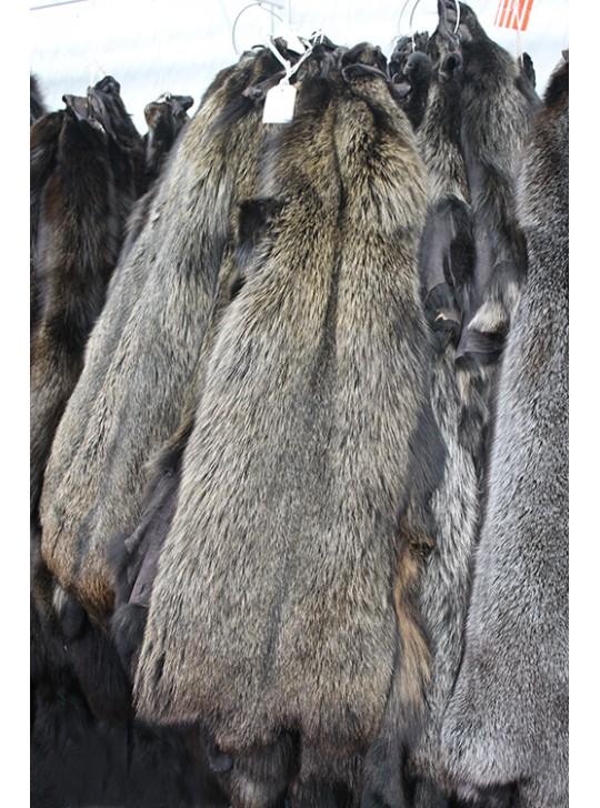 Натуральный мех пушистый